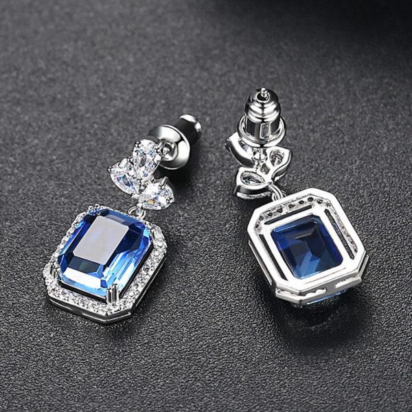藍精靈 3A級鋯石耳環